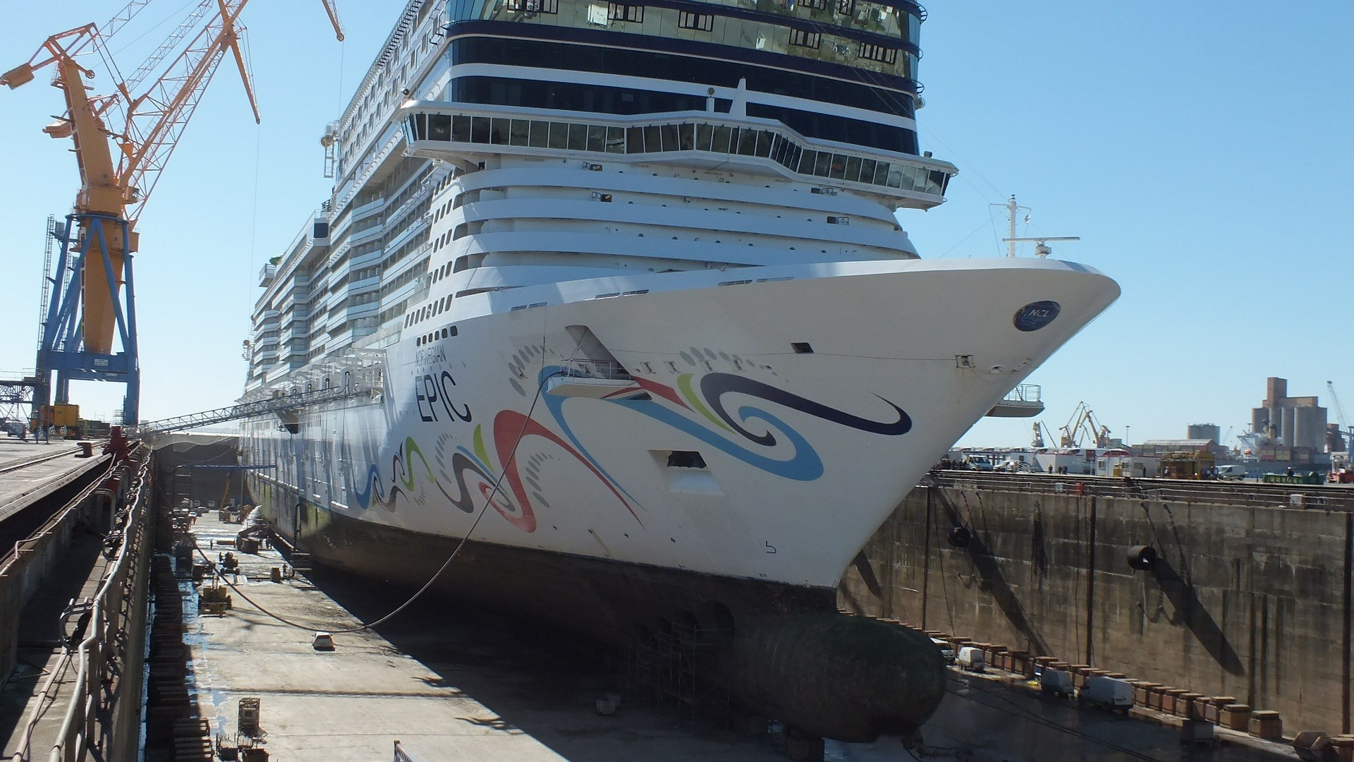 Cruise vessel 'Norwegian Epic'