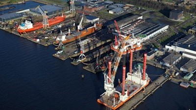 "Damen Shiprepair Amsterdam - ""Jack Up Rigs"""