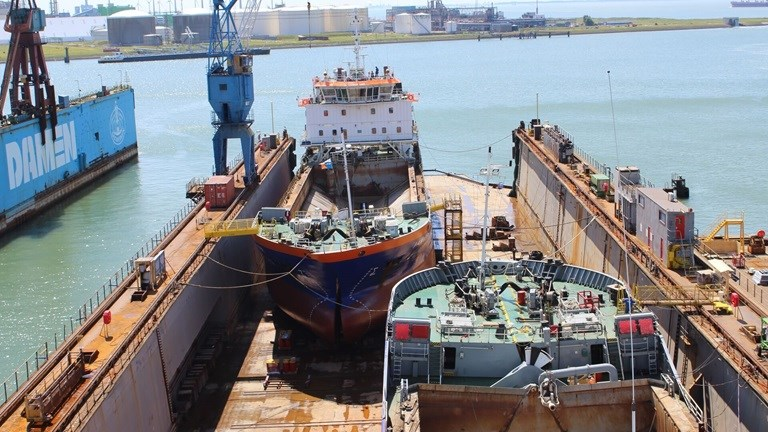 Split Hopper Barges maintenance at DSVlissingen