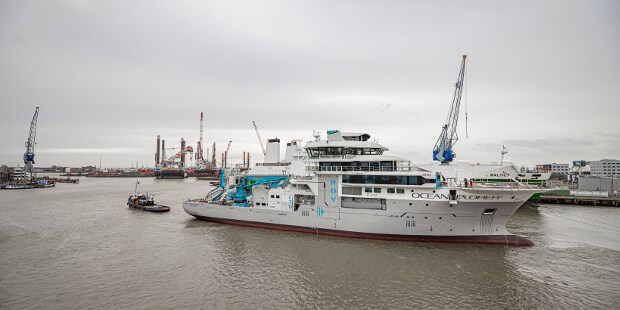 oceanographic research vessel 'oceanxplorer' rebuild at dsr preview