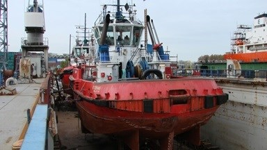 Damage to the thruster tunnels on 'RT Stephanie' was repaired by Damen Shiprepair Van Brink Rotterdam