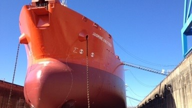 This was the first visit of 'Jasmine Knutsen' to Damen Shiprepair Brest with the tanker entering the yard