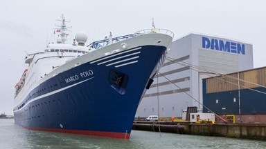 Damen Shiprepair Vlissingen also repainted the vessel – the hull in blue and the accommodation white