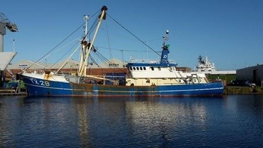 The bow and the aft of the beam trawler sustained damages, necessitating renewal work