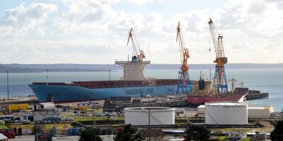 The E-class container vessel 'Emma Mærsk' visited Damen Shiprepair Brest
