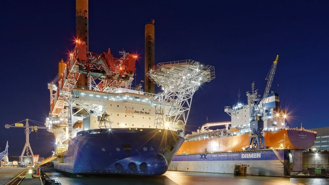 140-metre jack-up vessel 'Vole au vent' at Damen Shiprepair Vlissingen (DSVI).