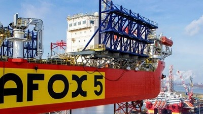 Damen Verolme Rotterdam (DVR) has long experience in maintaining and modifying jack-ups of all sizes