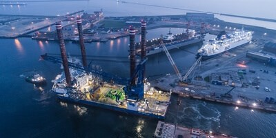 'Sea Installer' entering the dock at Damen Shiprepair Dunkerque