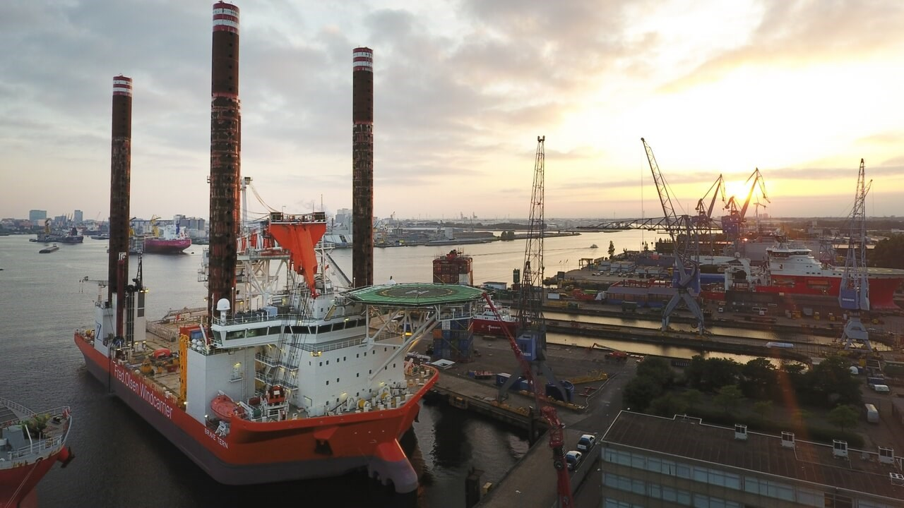 132-metre Jack-Up 'Brave Tern' at Damen Shiprepair Amsterdam