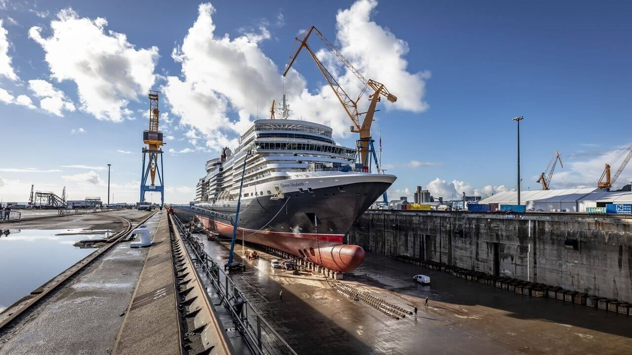 Cunard's confidence in DSBr's project management skills were fully justified when the programme was completed a day early.