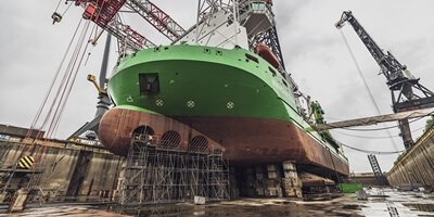 The vessel spent several months in the Damen Verolme Rotterdam shipyard undergoing renewal of its aft leg sections and an overhaul of its jacking motors.