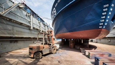 Shiprepair and new building of fishing vessels, offshore vessels, tugs and pontoons