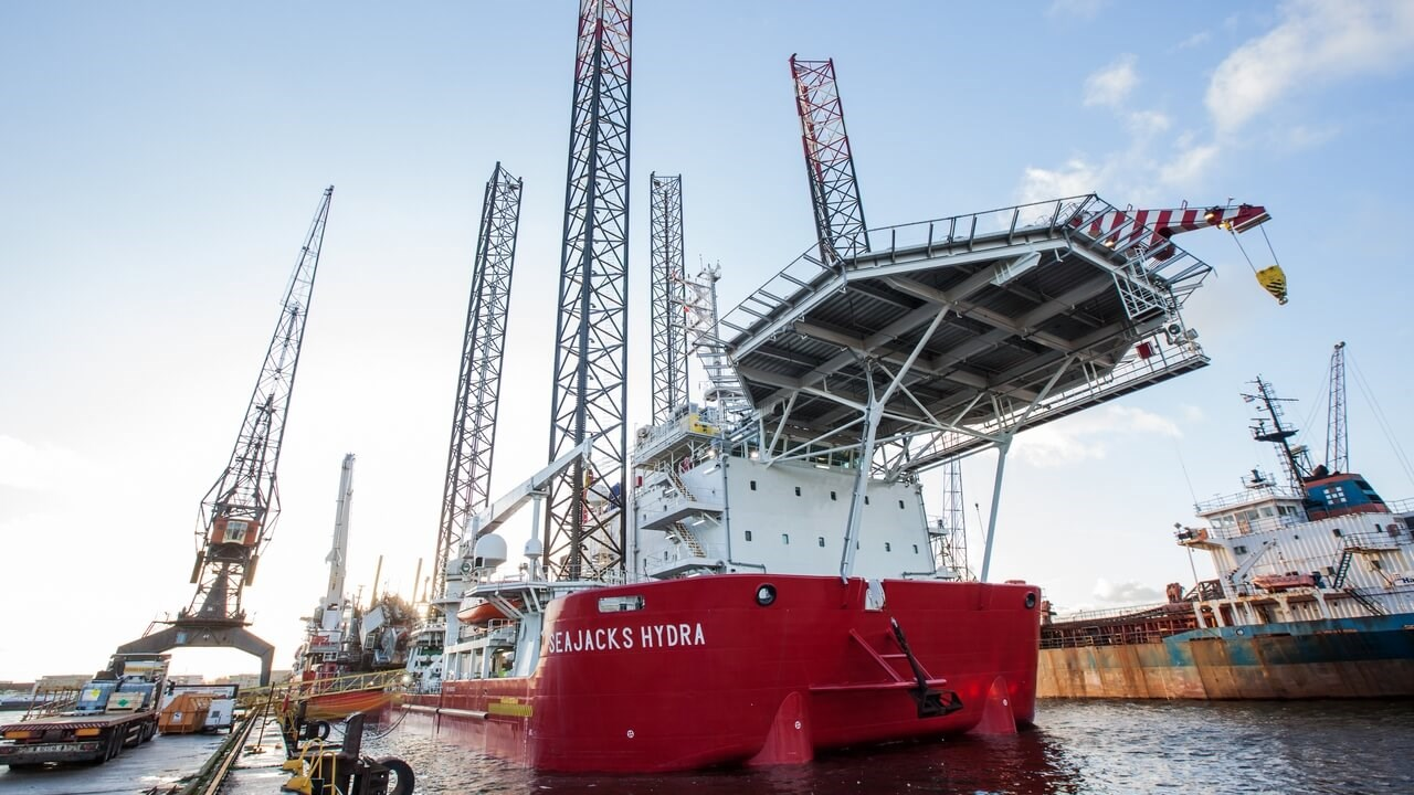 "Offshore vessel ""SeaJacks Hydra"""