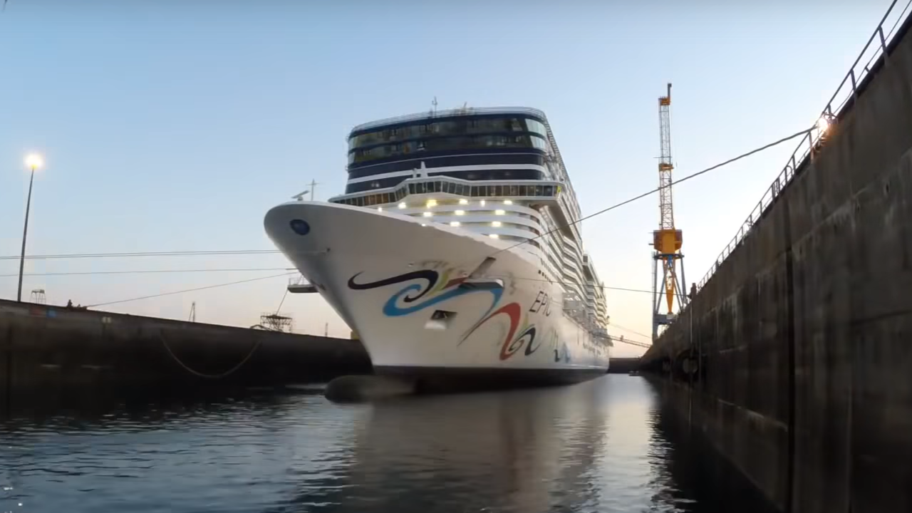 Refit & maintenance of Norwegian Epic cruise ship at DSBr.