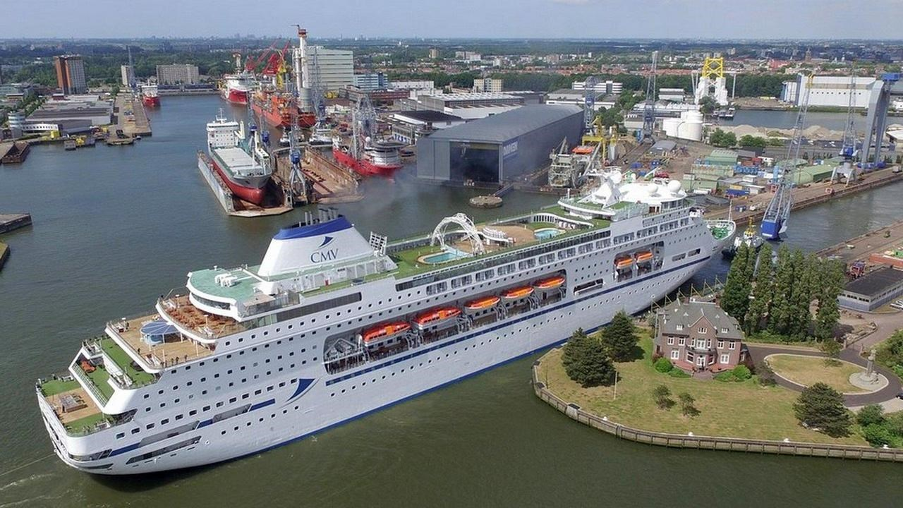 Maintenance and repair works for Columbus at Damen Shiprepair Rotterdam