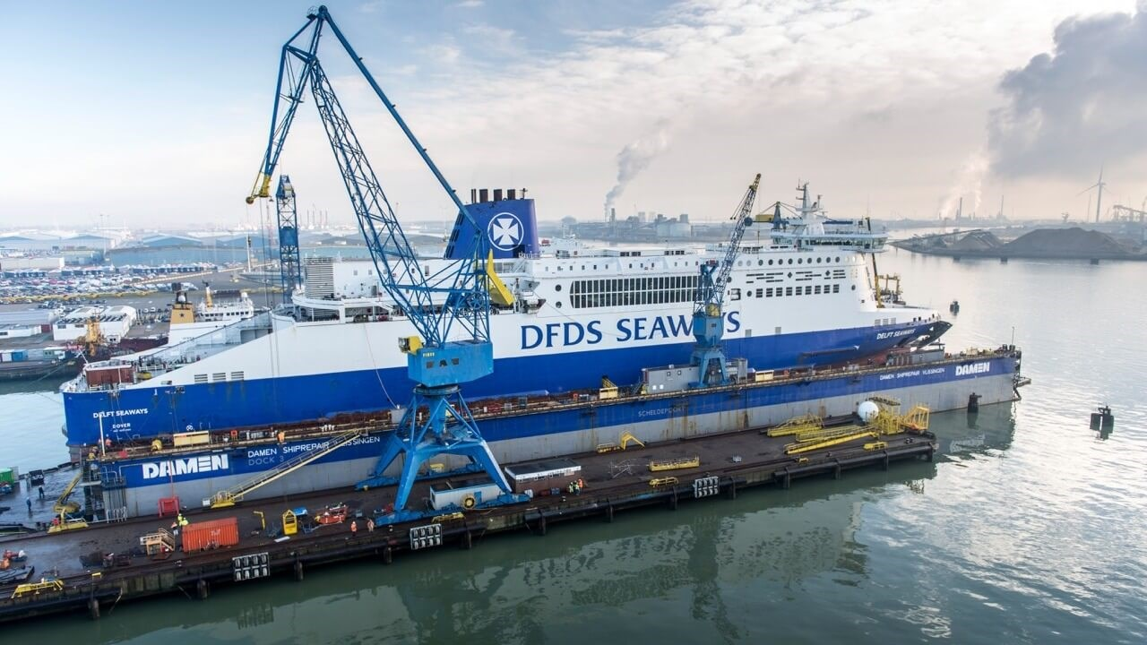 "Damen Shiprepair Vlissingen ""Delft Seaways"""