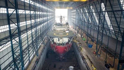 "Damen Shiprepair Vlissingen ""Seawell"" covered drydocking"